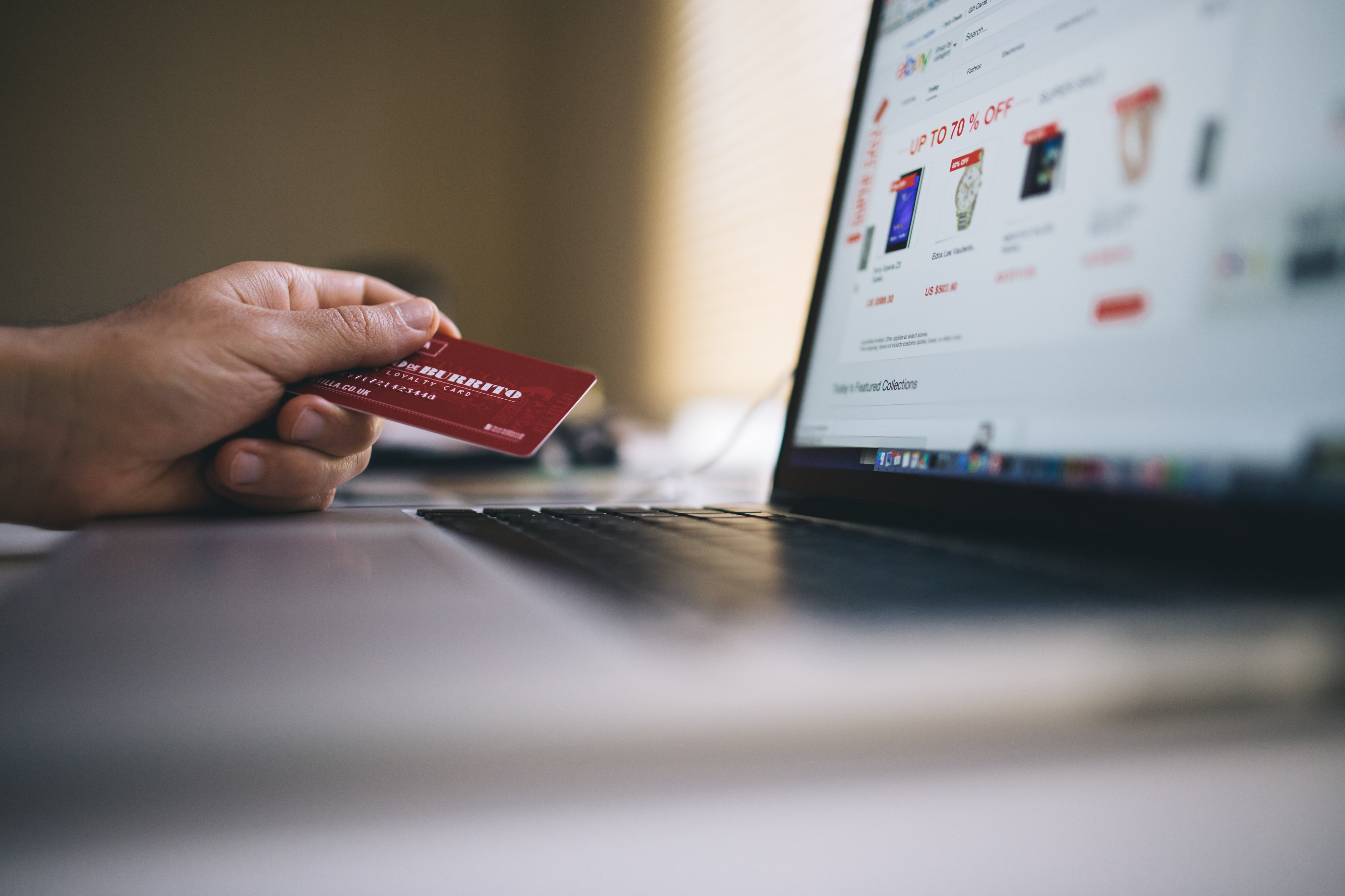 Using artificial intelligence in ecommerce can help create a more personalized shopping experience.